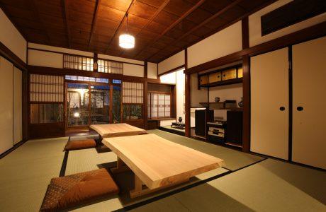 江戸時代の旅人になって逢坂の関を越え町家のお宿を訪ねよう